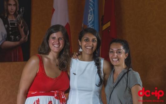 Photo: Les membres de notre équipe: Claire, Priscilla et Johanna