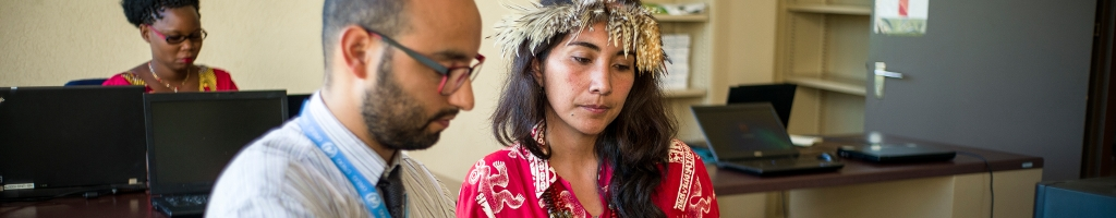 Support stratégiqueRépondre à des demandes spécifiques touchant à la promotion et à la défense des droits et libertés des Peuples Autochtones lors de leur participation sur la scène internationale