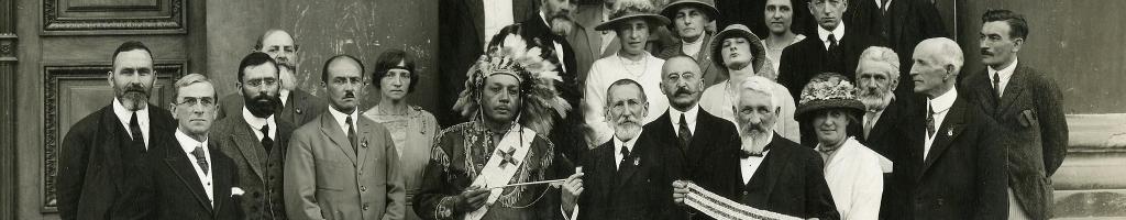 Proceso histórico en las Naciones UnidasLos pueblos indígenas han recorrido un largo camino hasta conseguir su reconocimiento internacional. Descubra las fechas clave de este proceso que sigue vigente.